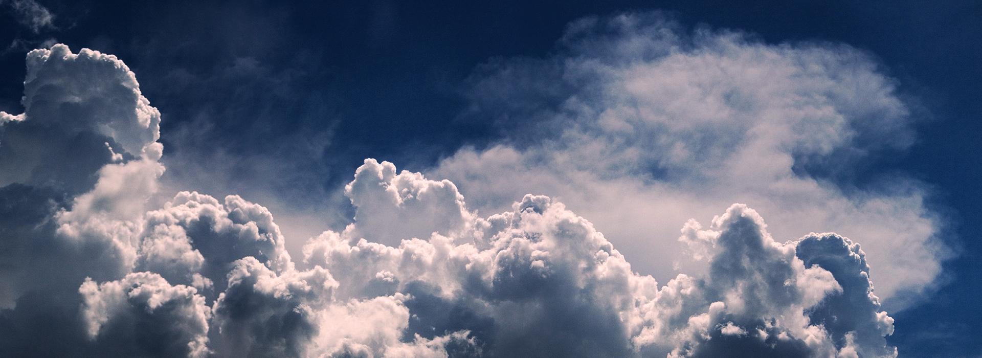 CloudsBG1